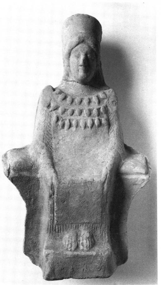 Statuette féminine assise, archaïque, Musée archéologique de Palerme (Sicile)